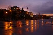 Stadt Engels in der Nacht. Fotograf - Roman Tumanow