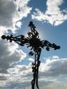 Надгробный крест на католическом кладбище российских немцев в с. Песчанное. Фотопроект